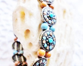 vintage elastic bracelet with turquoise beads and enamel