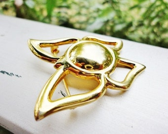 CLEARANCE vintage LIZ CLAIBORNE  gold-tone butterfly pin brooch