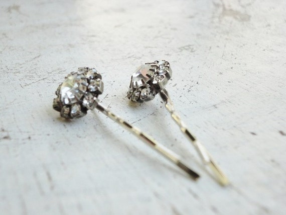 handmade clear rhinestones bobby pins hair pins made from vintage jewelry parts