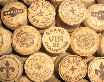 25 natural champagne corks and sparkling wine corks from various wineries - no synthetics