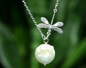 Dragonfly Necklace  with freshwater coin pearl, Dragonfly Charm Necklace, Coin Pearl, Dragonfly Jewelry, Bridesmaids Gift, Wedding Jewelry