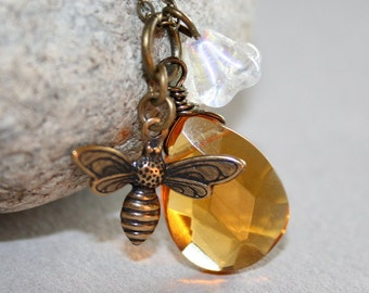 Honey Bee Necklace, Bee Necklace, Yellow Faceted Briolette and Bee, Great Gife and Everyday Jewelry