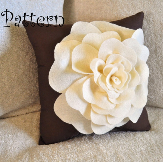 Decorative Pillows Flowers : Large Felt Rose with BONUS Pillow PDF Pattern Tutorial Flower