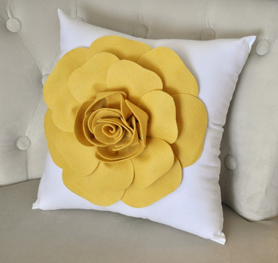 Mellow Yellow Rose on White Pillow 18 x18 with Extra Large Rose