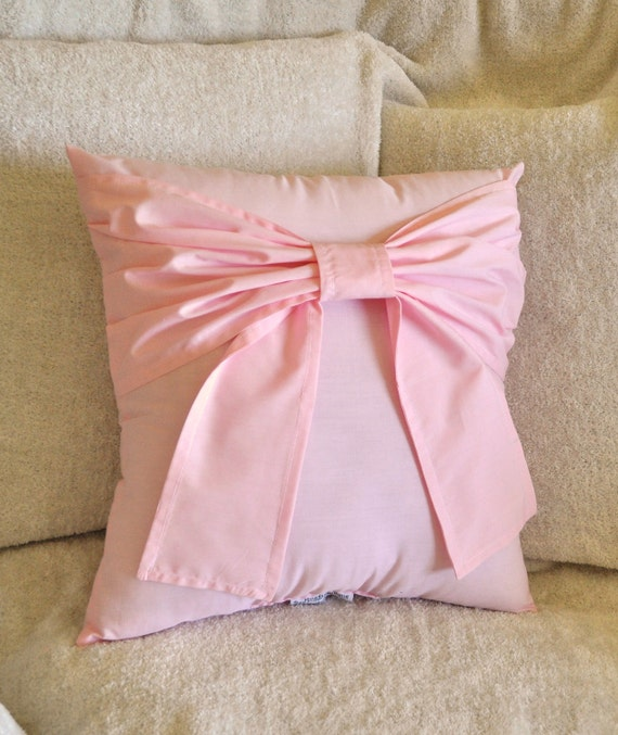Light Pink Ruffle Throw Pillow : Light Pink Bow Throw Pillow 14x14 by bedbuggs on Etsy