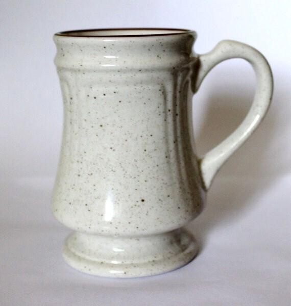 The ultimate cocoa mug Vtg retro stoneware