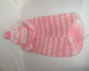 pink and white baby cacoon and hat set 0-6months