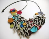 Lattice White Leather Necklace with Colorful Molecules