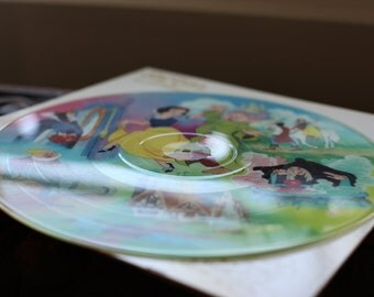 Vintage Walt Disney Snow White And the Seven Dwarfs Record Vinyl Picture Disc