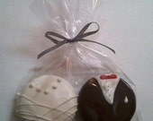 25 Oreo Chocolate Bride and Groom wedding favors (DSTANCIU) in a CELLOPHANE BAG