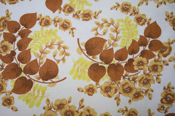 Vintage Fabric - Autumn floral - Brown, yellow, white - Fat quarter