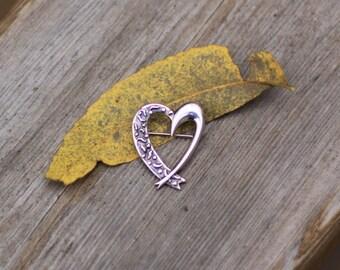 Lovely Sterling Silver Heart Brooch