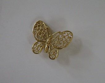 GOLD TONE BUTTERFLY PIN SIGNED GERRYS