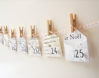 Christmas Garland Advent Calendar -- 25 miniature Christmas envelopes -  music, books, clothespins, bakers twine, holiday decor