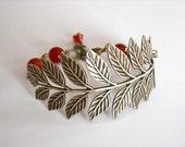 Free Shipping Vintage Leaf Bracelet, Charm bracelet, Wedding bracelet, Friendship, Antiqued leaf, Agate Bracelet