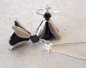 Silver  and  Black Flower Drop Earrings, Dangle, Cluster, Black Flower, Silver wire, Free Shipping, Bridal Jewelry, Gift