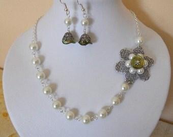 Green Flower Set - Statement Necklace and Flower Dangle Earrings, Choker, Drop Earrings, Pearls Necklace, Gift