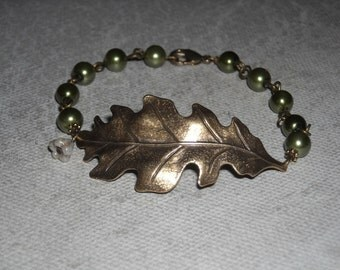 Oak Lea Charm Bracelet, Friendship Bracelet, Cuff, Bangle bracelet, Bangle leaf, brass leaf bracelet, Gift, Bracelet, Wedding bracelet