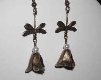 Fly with me Dangle Earrings, Dragonfly drop, Flower Earrings, Gift, Wedding jewelry, Cluster