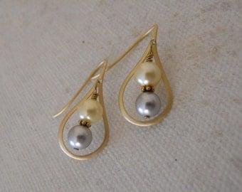 Tear Drop  Earrings - Silver Earrings,Hoop earrings, Gray and Champagne, Wedding earrings,Free Shipping,