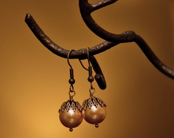 Romantic Dangle Earrings, Wedding earrings, Bridal, Brass, Drop earrings, Golden pearl, vintage earrings