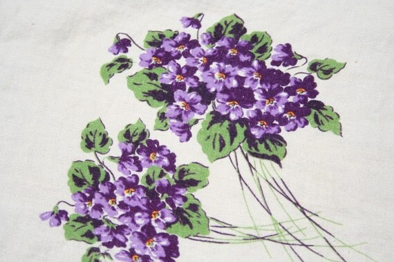 Vintage Tablecloth Linen with Violets