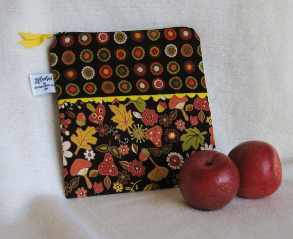 "Snack/Sandwich Sack - 7.5"" x 7.5""- Nylon lined, Zippered, Reusable"