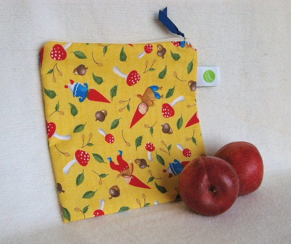 "Gnome Lunch Sack, Snack/Sandwich Sack, Project Bag - 7.5"" x 7.5""- Nylon lined, Zippered, Reusable, Machine Washable"
