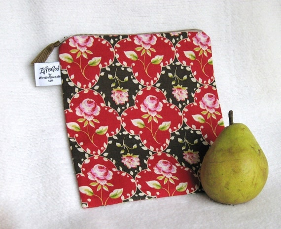"Boho Roses Eco Friendly Sandwich Bag, Snack Sack, Lunch Sack, Project Bag - 7.5"" x 7.5""- Nylon lined, Reusable, Machine Washable"