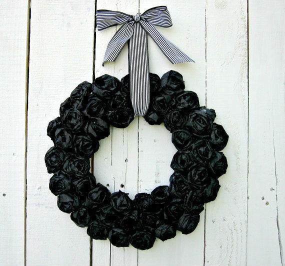 Black Flower And Crow Halloween Wreath: Items Similar To Ready To Ship Halloween Wreath On Etsy