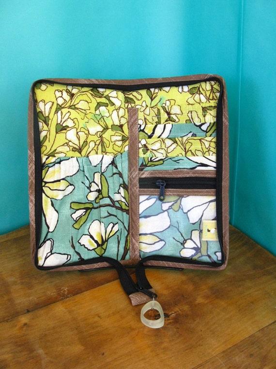 Mini-Knitter Needle Case-Magnolias