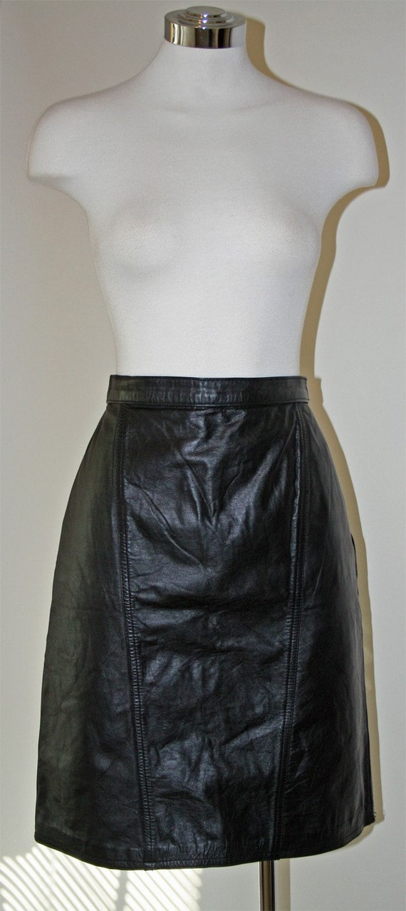 Body Conscious Black Leather Mini Skirt Vintage 80s
