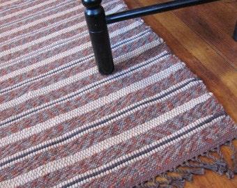 Modern Rustic Country Home Decor Rug, Mountain Log Cabin Farmhouse Decor Woven Wool Rug, Shaker Decor Textiles, Rusty Earth Brown Floor Rug