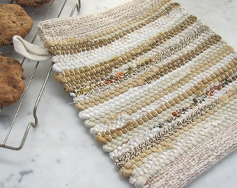 Rustic Farmhouse Decor Pot Holder, French Country Cottage Kitchen Hot Mat Gourmet Chef Cooking Gift, Gold Beige White Woven Cotton Rag Mat