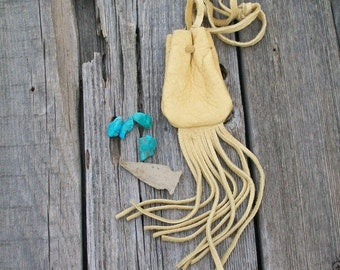 Fringed medicine bag , Leather neck pouch with fringe , Fringed leather amulet bag , Necklace bag