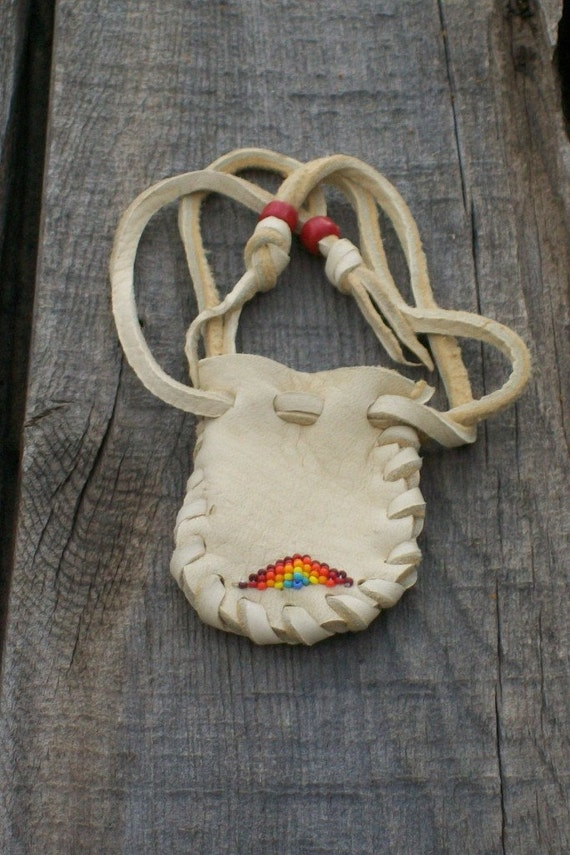 Beaded leather pouch , Buckskin leather pouch, Beaded medicine pouch , Amulet bag