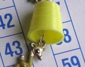 Animal Thimblism Necklace 13 - Vintage Plastic Yellow Thimble with Giraffe Charm - FREE US SHIPPING
