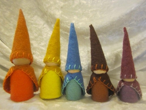 Meet the Rosehip family, 5 wool felt clothed Gnomes