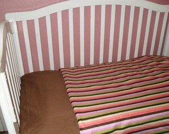 Bright and Bold Striped Baby / Toddler Bedding Set (NEW)