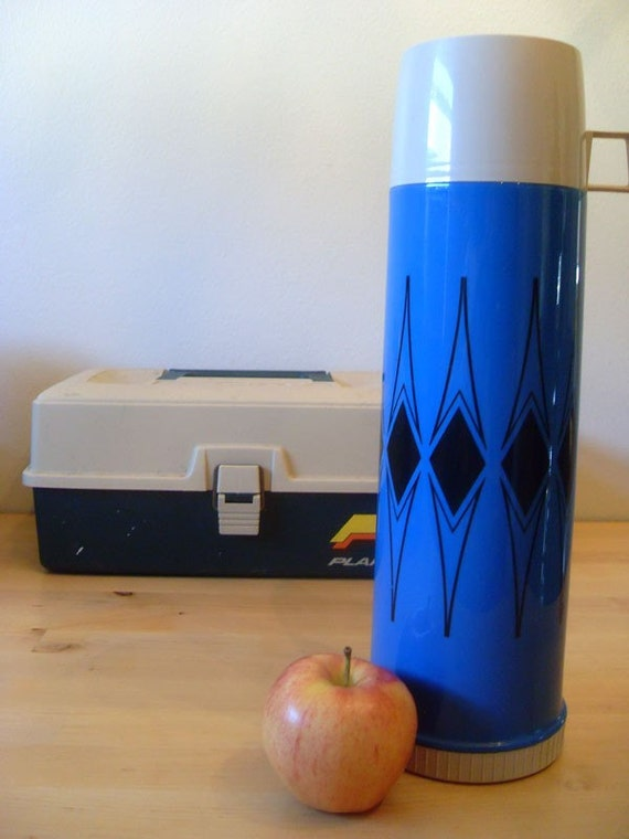 Vintage Thermos King-Seeley vacuum bottle - blue with black diamonds