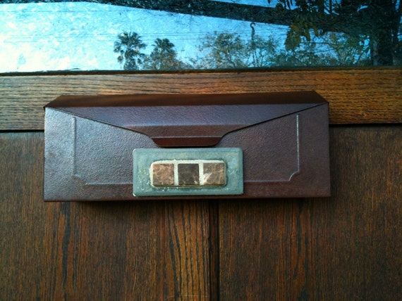 Arts and Crafts Steel Mailbox