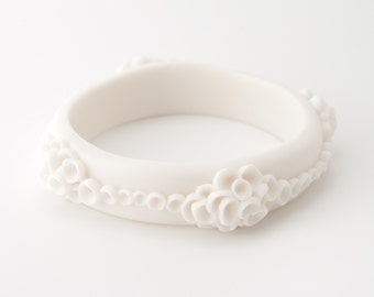 White porcelain chunky bangle bracelet with  artisan porcelain cluster pods flowers - Costa Del Sol - ceramic jewelry ,porcelain jewelry