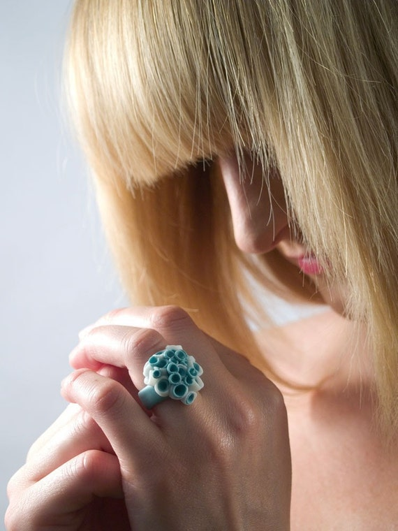Porcelain ceramic ring in pastel turquoise with cluster white sea inspired pods - Las Palmas ,Ceramic jewellery , Custom Ring