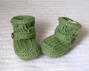 Crochet baby booties, green baby booties, 3 to 6 months, green baby boots