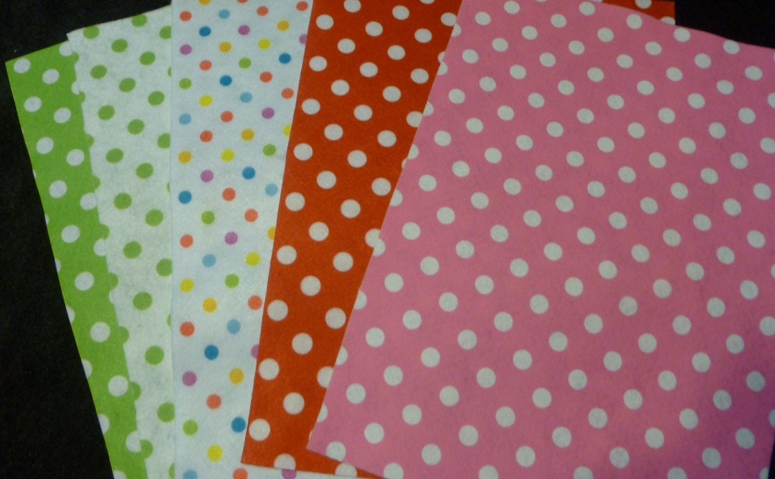 polka dots felt polka dot sheets 5 pieces by hoppingthefence