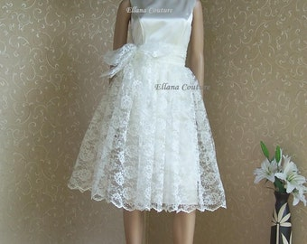 SAMPLE SALE. Retro Style Wedding Dress. Two Piece. Simple and Sophisticated.