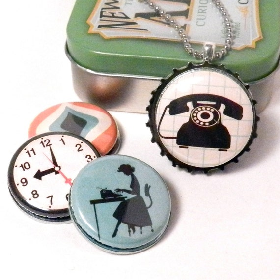 Working 9 to 5 - Interchangeable Necklace - Recycled Bottle Cap