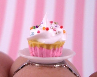 The Sweetest Little Cupcake Ring (My Favorite)