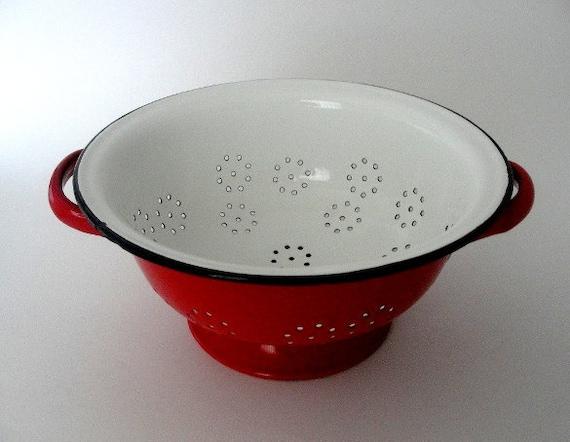 Red and White Enamelware Colander: Vintage