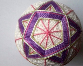 Purple and Pink Star Temari